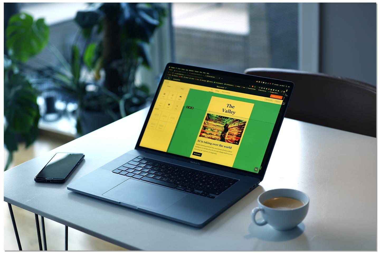 Laptop_n_coffee