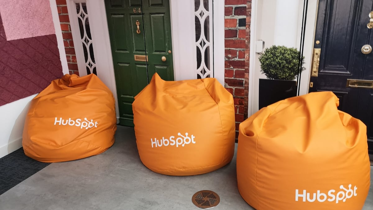 hubspot_bean_bag_1200